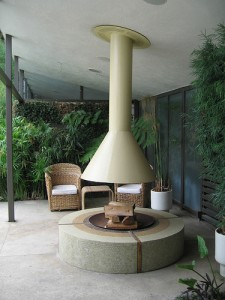 modern outdoor patio and fireplace design